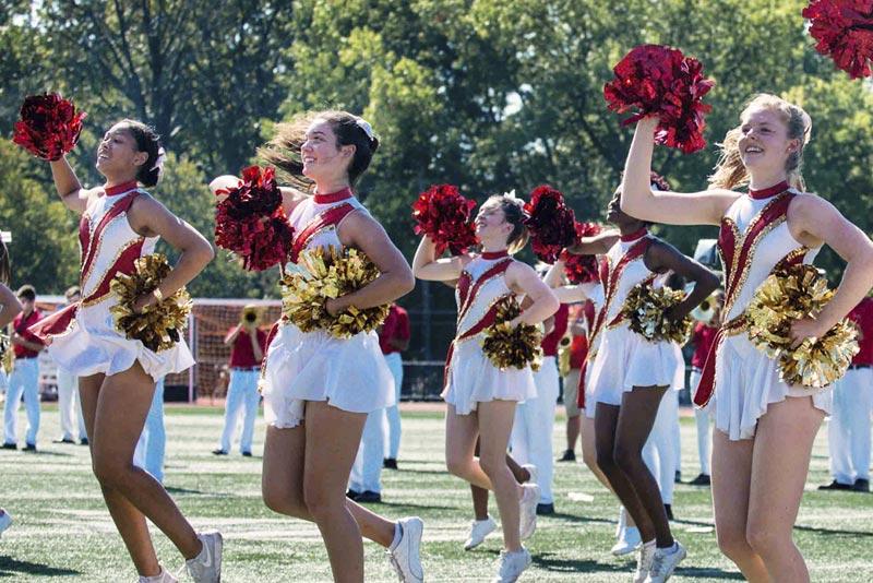 homecoming-cheerleaders